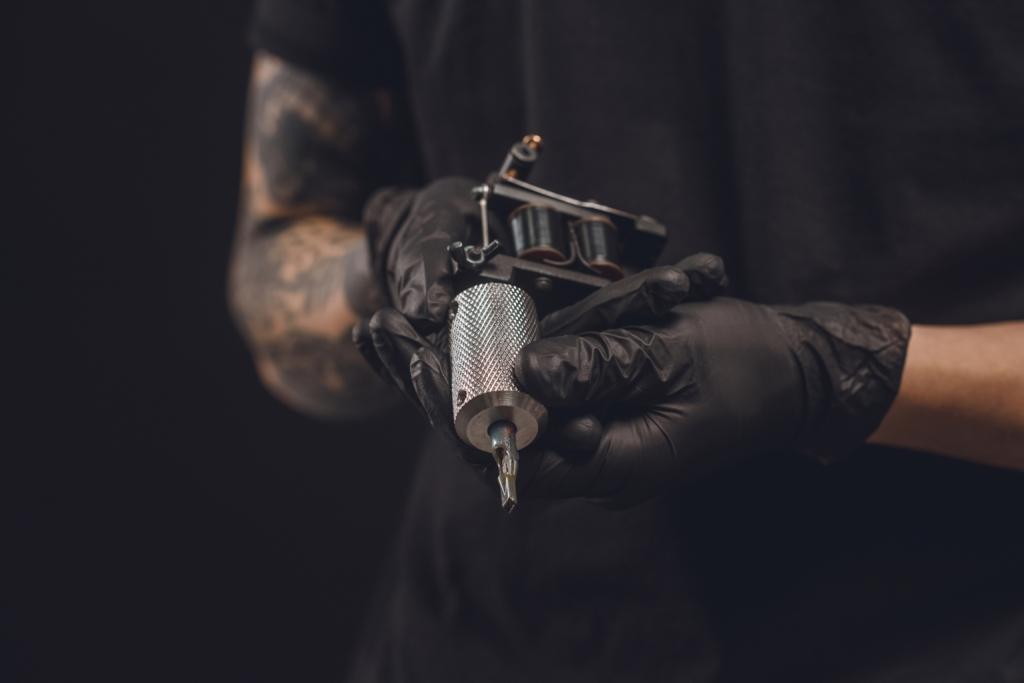 5 + 1 erstaunliche Tattoos, inspiriert von Kunstwerken